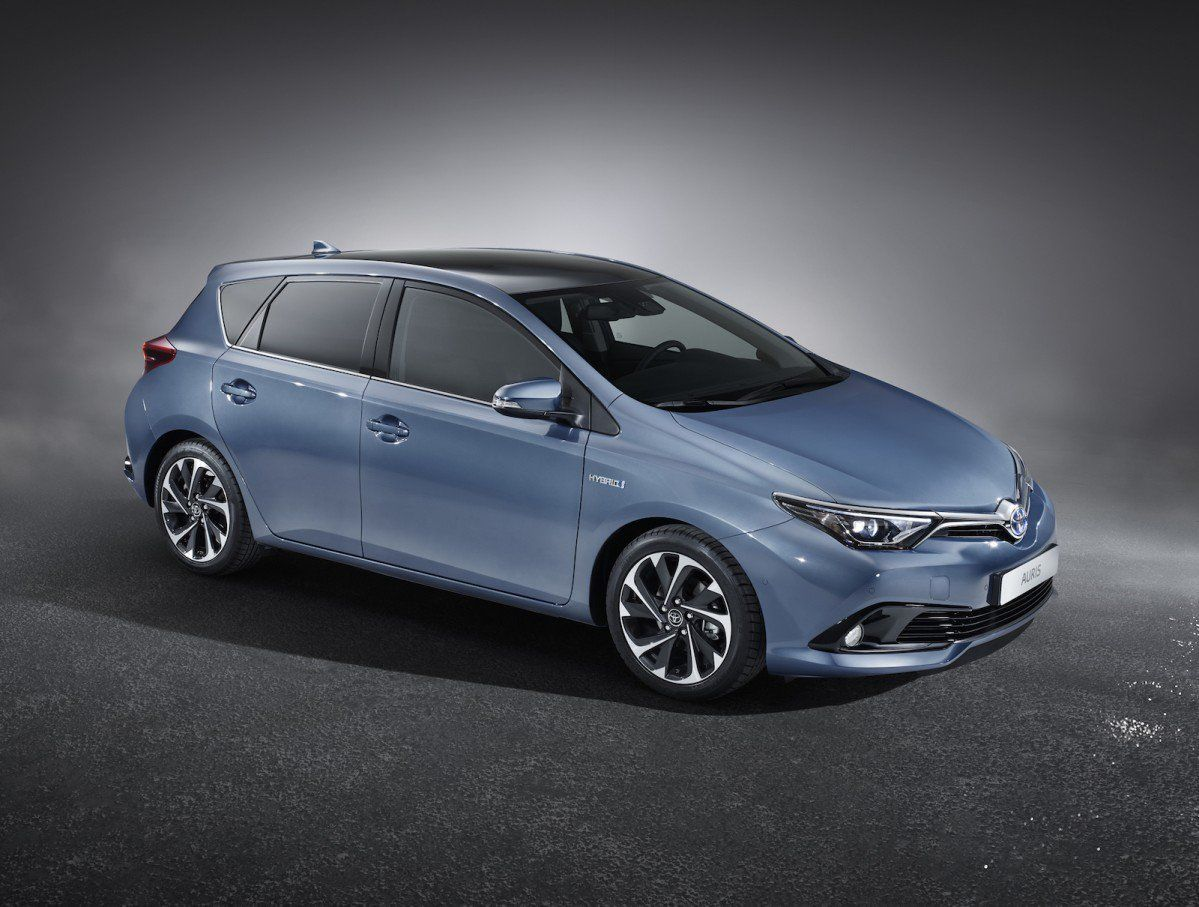 Toyota Auris 2016 >> 2015 Toyota Auris Facelift Official Photos And Specs