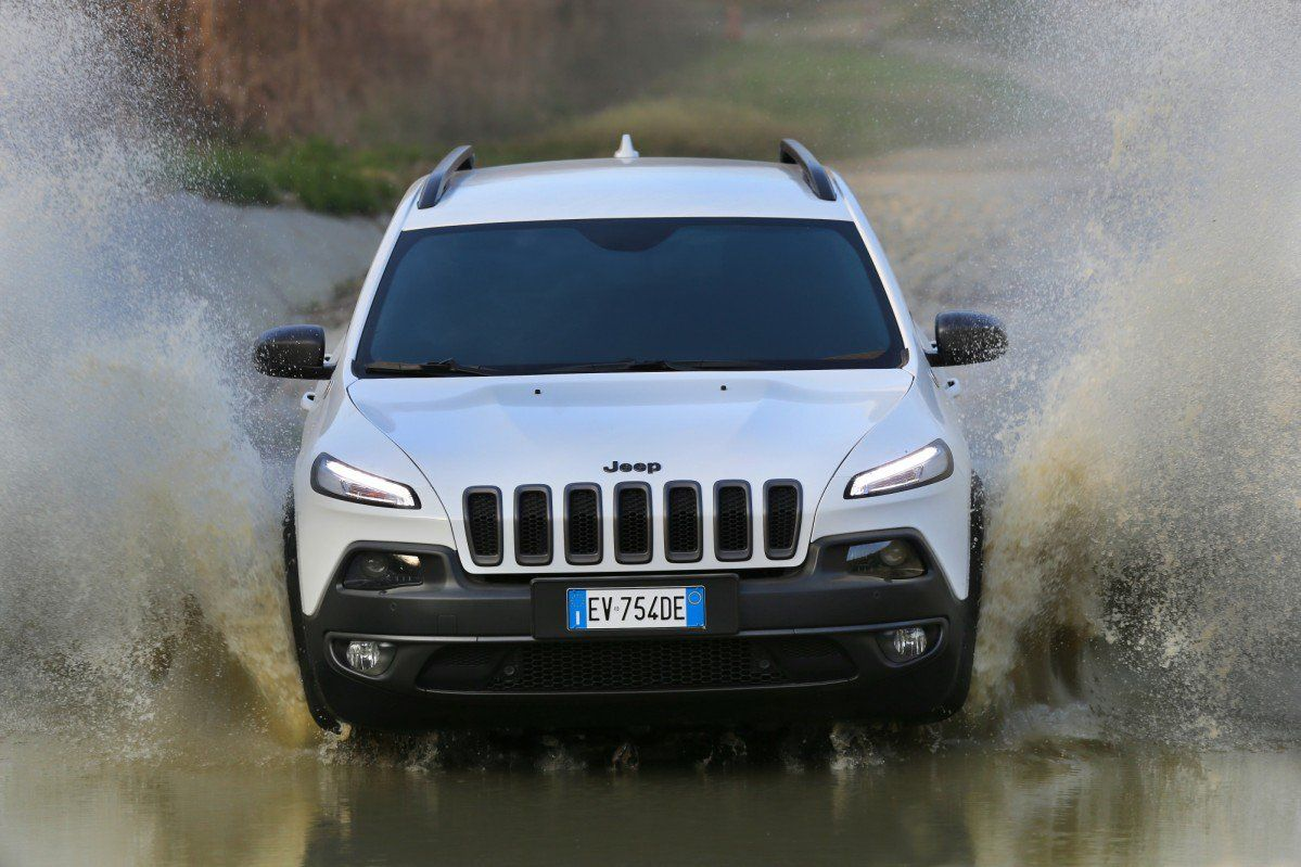 Jeep Cherokee KL (2013-present): Review, Problems, Specs
