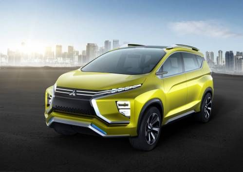 Mitsubishi XM Concept Is What Happens When an SUV Falls in Love with an MPV