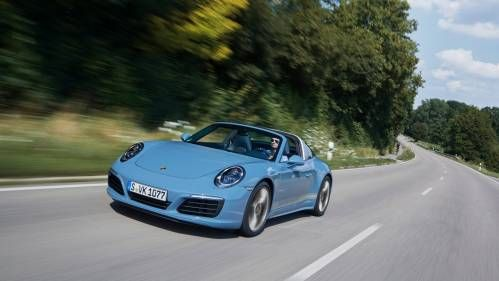 """Porsche 911 Targa 4S """"Exclusive Design Edition"""" Is Cool in So Many Ways"""