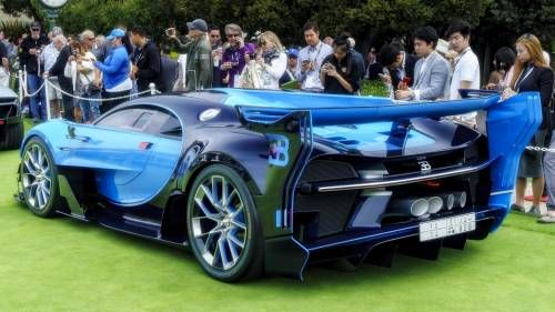 Here's a Tough Job: to Valet Around the Bugatti Vision GT