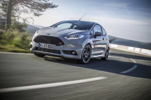 2016 Ford Fiesta ST200 Test Drive: Pocket Rocket