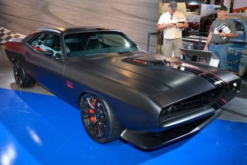 Retrolicious Dodge Shakedown Challenger Concept Pays Homage to 1971 Model at SEMA
