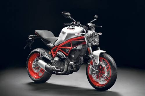 Ducati Monster 797 Revealed. Old-school Monster package