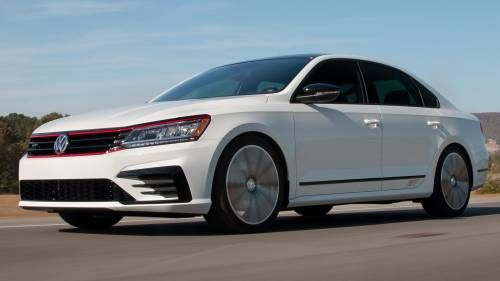 VW Passat GT Concept Steps Up with VR6-Sourced 280 HP