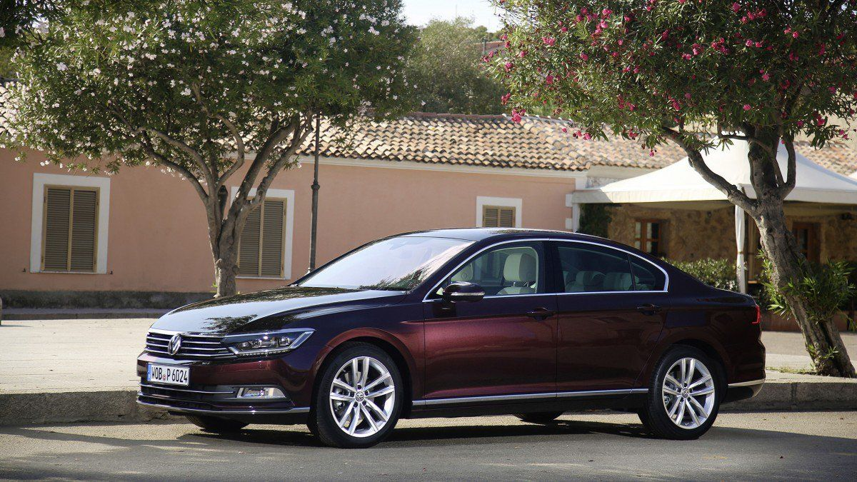 The Only 200 Hp 2 0 Liter Diesel Sedans You Can Buy Today