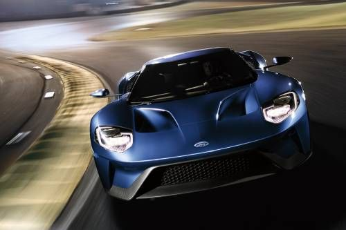 2017 Ford GT Is the Brand's Fastest Production Vehicle Ever at 216 MPH