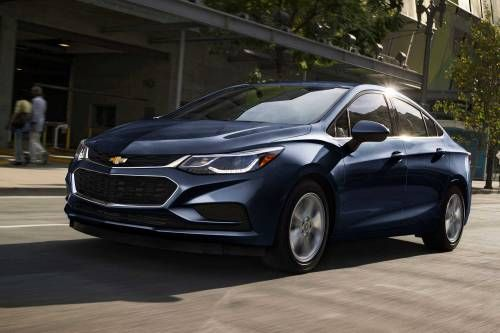 2017 Chevrolet Cruze Diesel Sedan Is America's Most Economical Non-Hybrid, Non-Electric Car