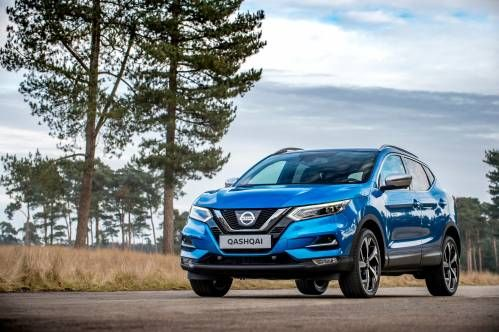 Facelifted Nissan Qashqai Crossover Is More than a Pretty Face in Geneva