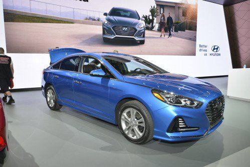 Facelifted 2018 Hyundai Sonata almost goes unnoticed in New York