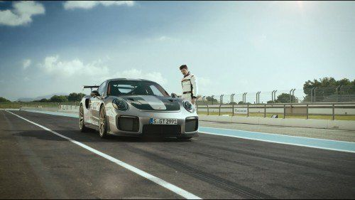 This Porsche 911 GT2 RS commercial will make you a parkour fan