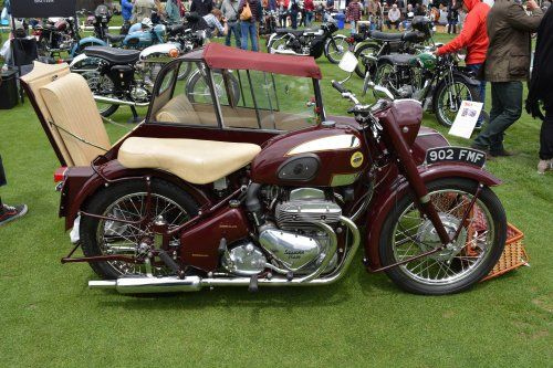 5 Not-So-Ordinary-Motorcycles: Ariel Square Four