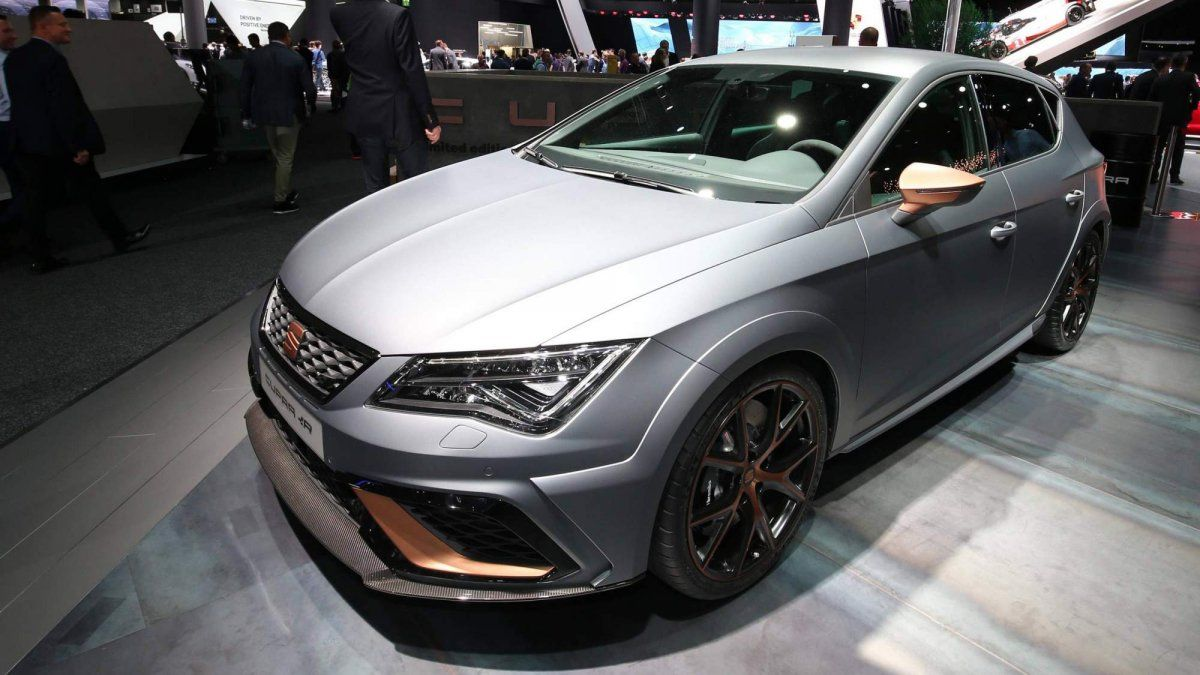Seat Leon Cupra >> Limited Edition Seat Leon Cupra R Takes Over As Brand S Most