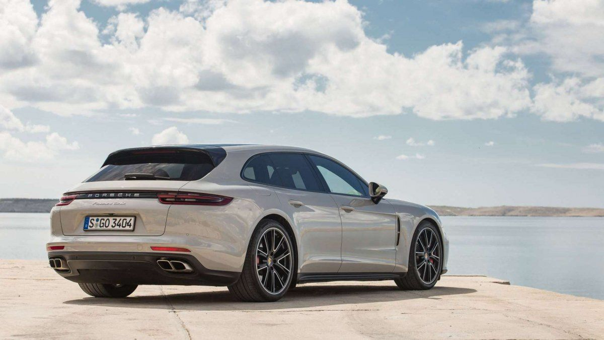 1b4babc33 2018 Porsche Panamera Turbo Sport Turismo first drive: rending SUVs  redundant