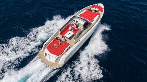 Vanquish launches the first VQ54 yachts
