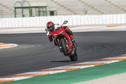 PANIGALE V4 ACTION 16