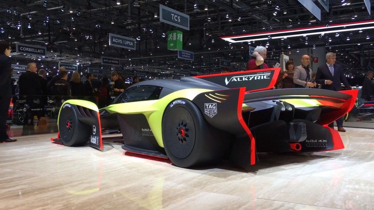 Aston Martin Valkyrie Amr Pro Generates More Than Its Own Weight In D