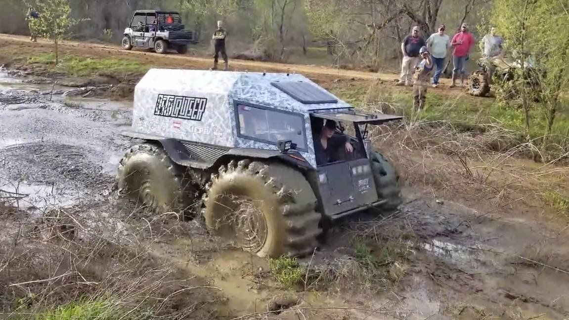 Sherp Atv For Sale >> Watch Russia S Sherp Atv Get Stuck In Texas Clay