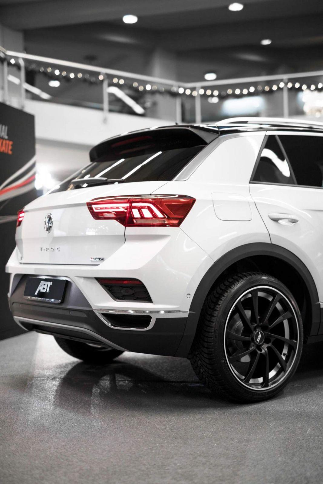 roc abt vw volkswagen autoblog gti maakt oppepper kreeg flinke deze models between rock upgrades reveal styling including unveiled tuned