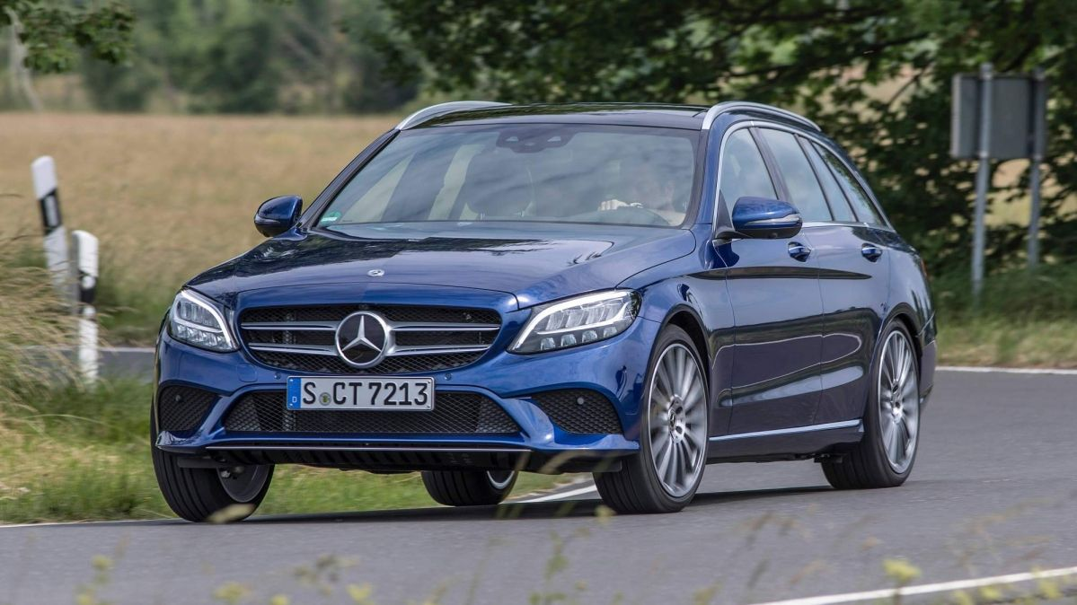 Mercedes-Benz details facelifted C-Class family's engine lineup
