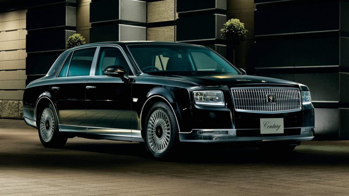 All New 2018 Toyota Century Goes On Sale In Japan From 178 000