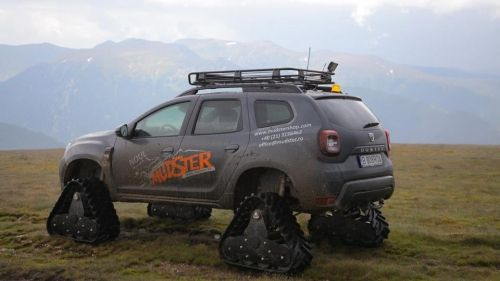 dacia duster mudster front