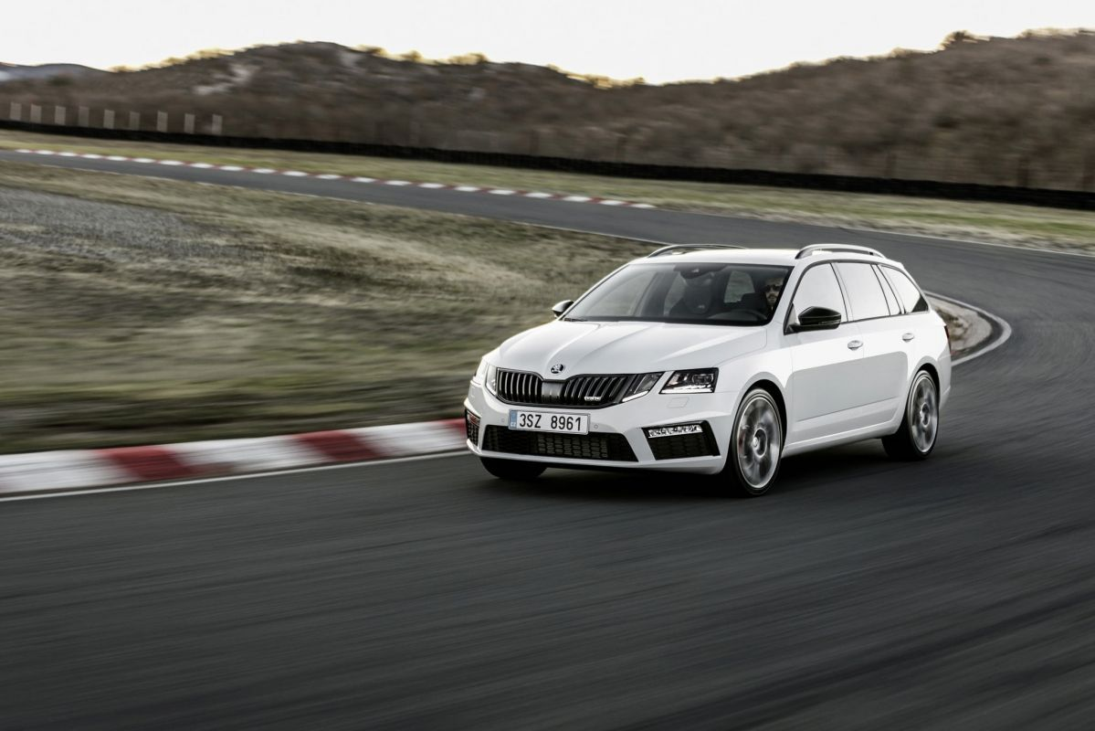 5 Best Relatively Affordable And Fast Family Cars
