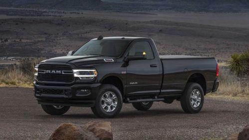 2019-RAM-Heavy-Duty-pickup-truck