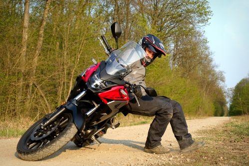 Honda CB500X thumb