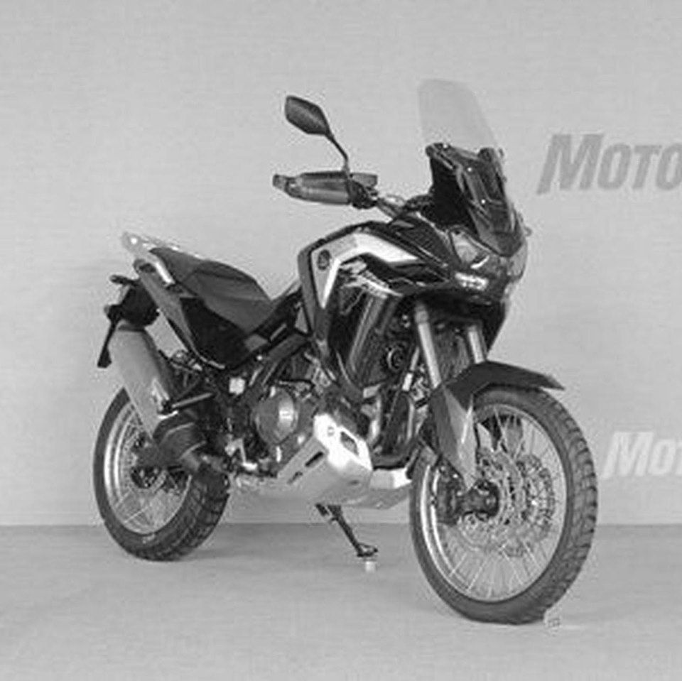 2020-Africa-Twin-5-8093