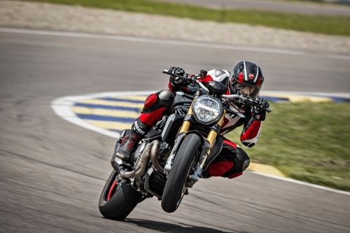 40_DUCATI_MONSTER_1200_S_MY20_UC90987_High
